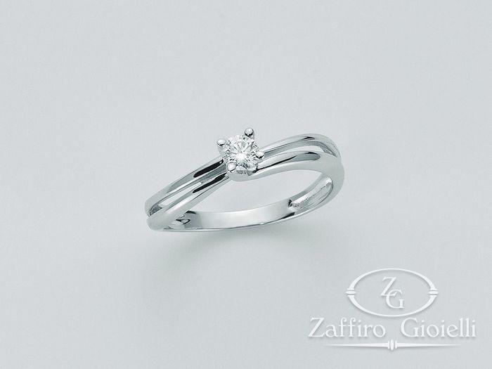 Anello Miluna in oro e diamanti I Solitari H Si LID2301_003S