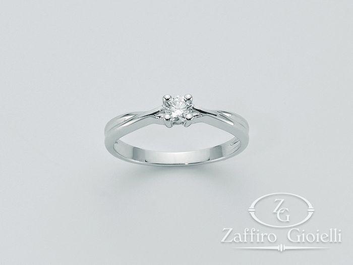 Anello Miluna in oro e diamanti I Solitari Diamante Puro LID2307_007