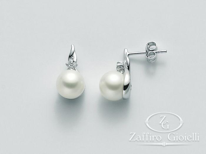 Orecchini Miluna in oro e diamanti con perle Parure Perle PER2006
