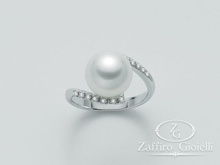Anello con perla Miluna in oro e diamanti Parure Perle Australia PLI1186AM